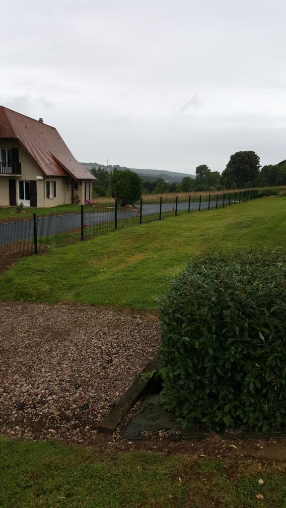 clôture en treillis soudés vert